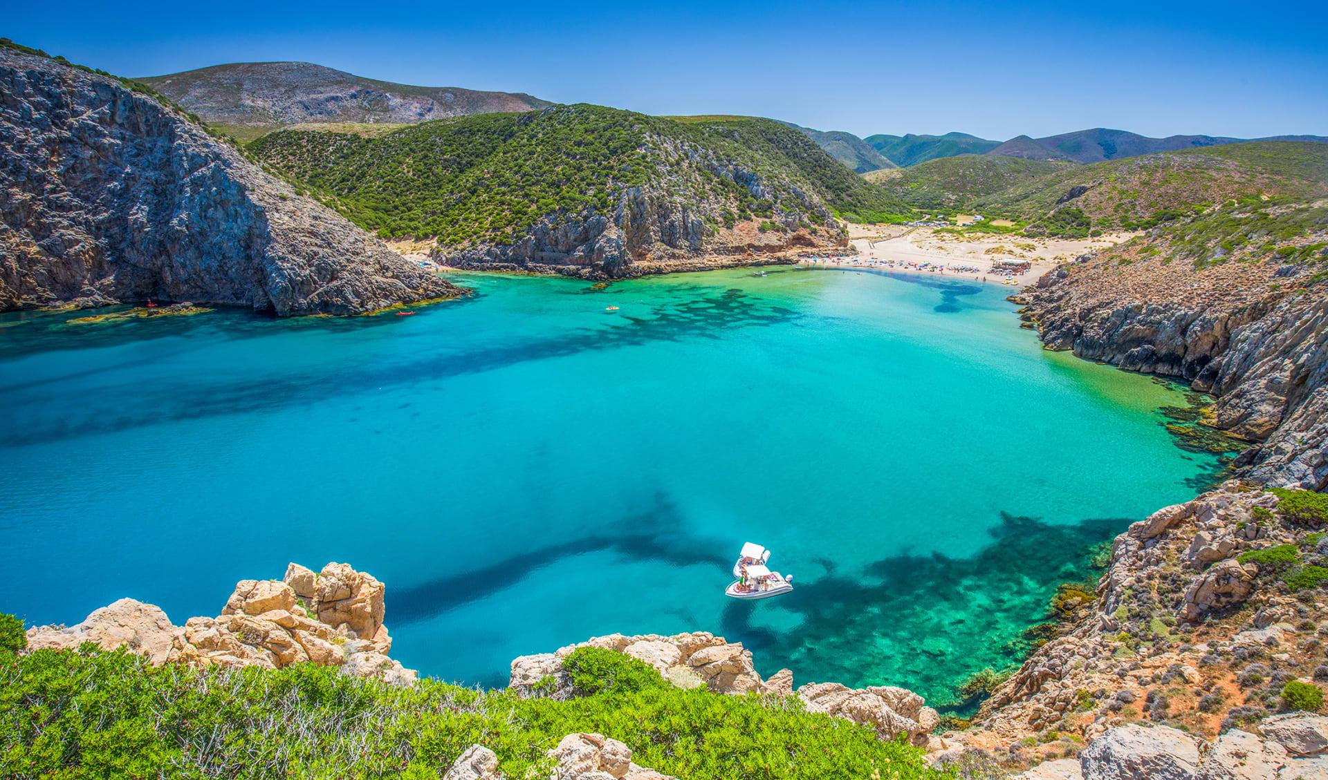 Sardinien Badestrand mit Natur