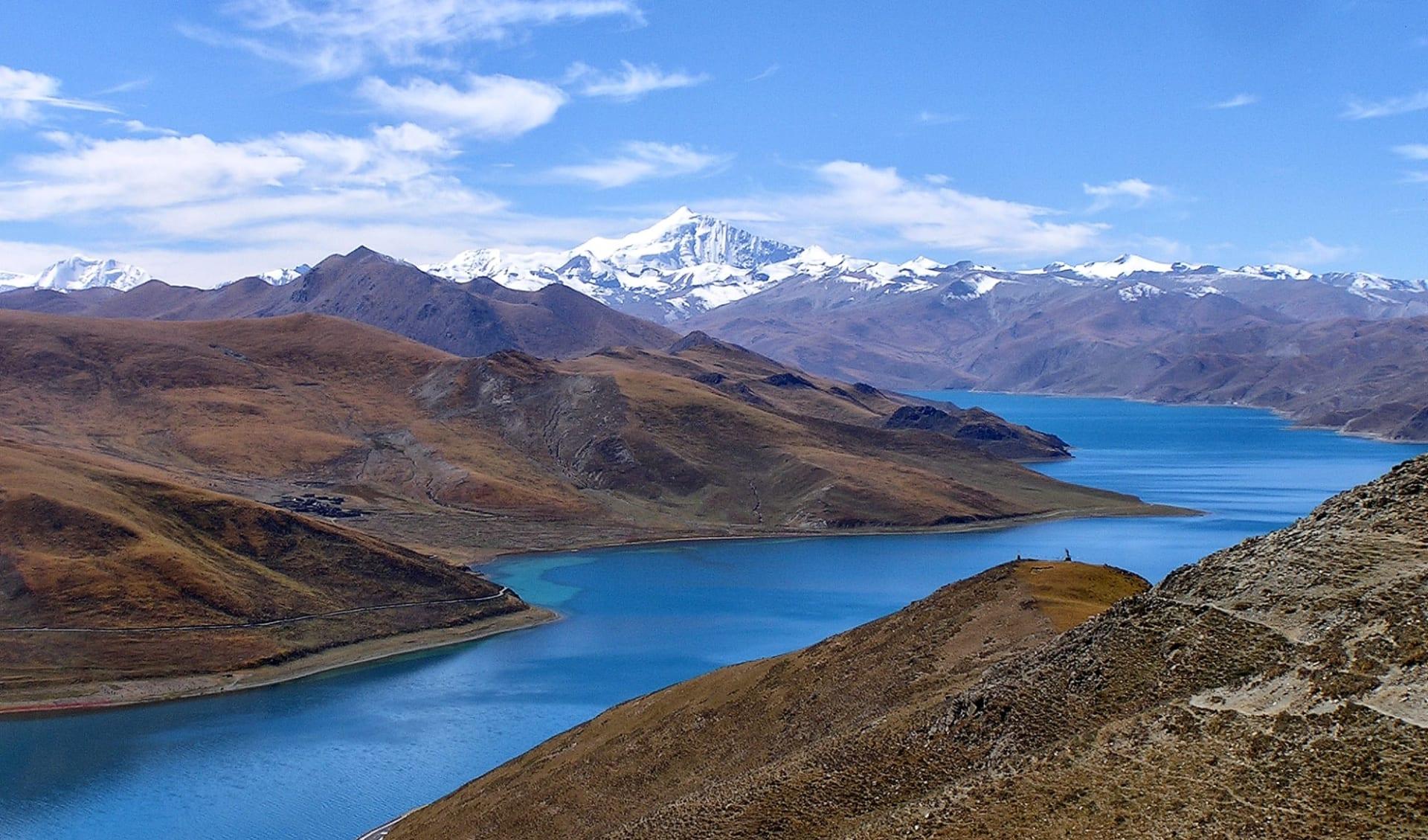 Mit der Tibet Bahn zum Dach der Welt ab Peking: Yamdrok Lake