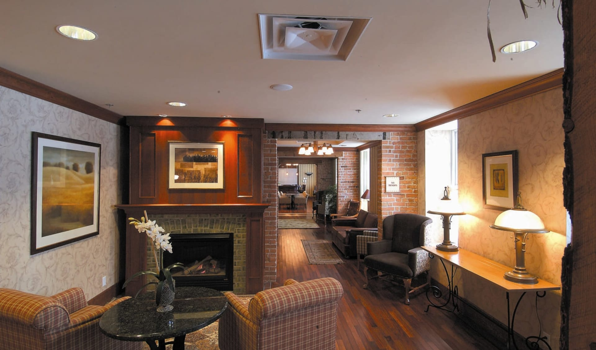 St. Eugene Golf Resort & Casino in Cranbrook: YKIDE_lobby_001
