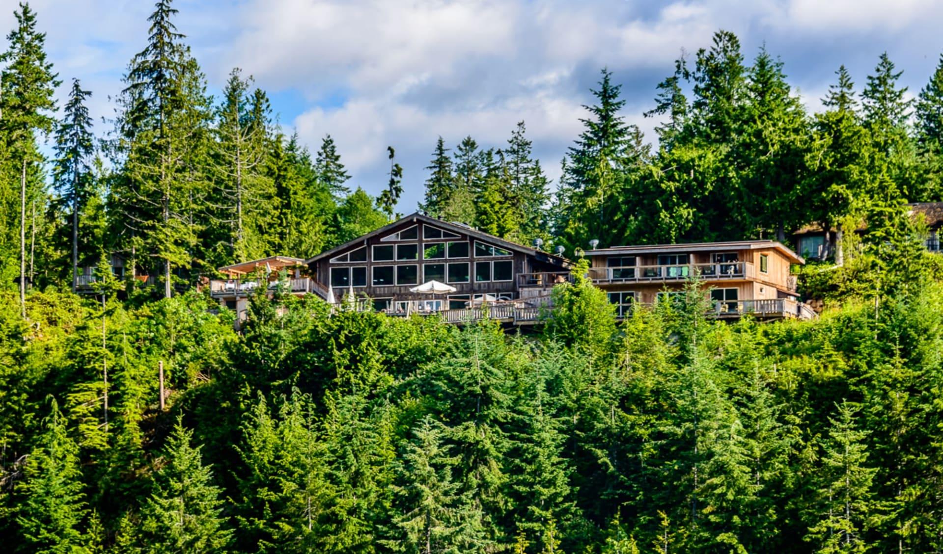 West Coast Wilderness Lodge in Egmont: YZGWW_exterior_019