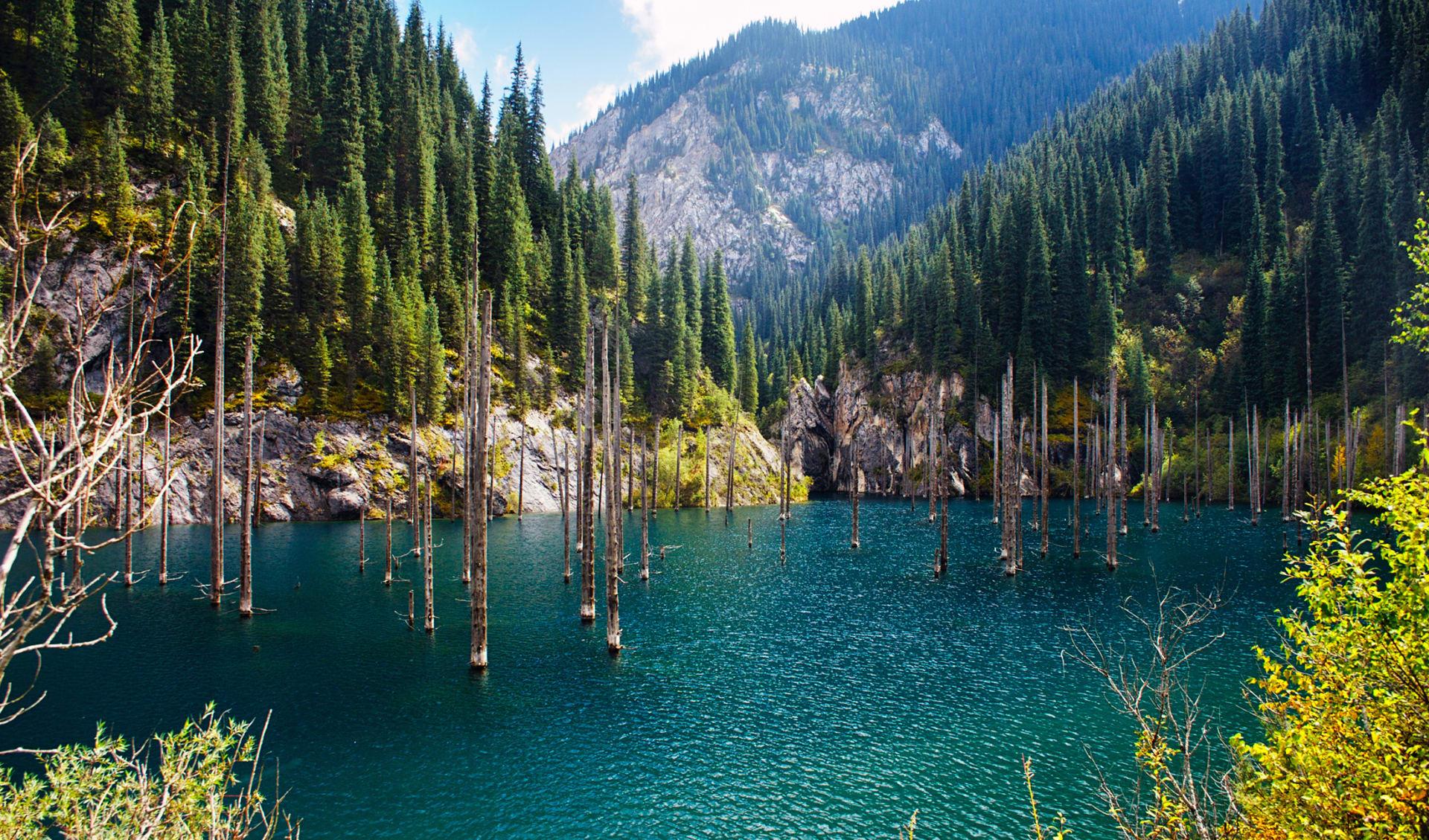 Kaindy See, Tien Shan Berg, Kasachstan