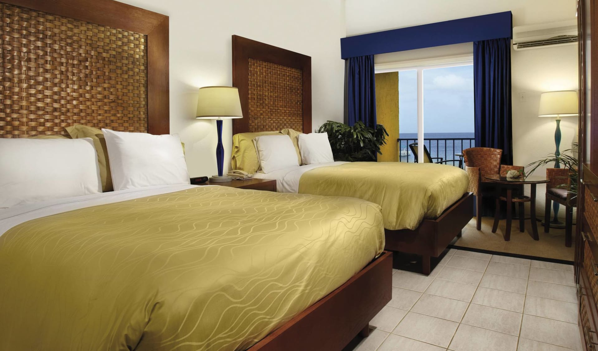 Divi Flamingo Beach Resort & Casino in Bonaire: zimmer divi flamingo beach resort and casino twinbed zimmer