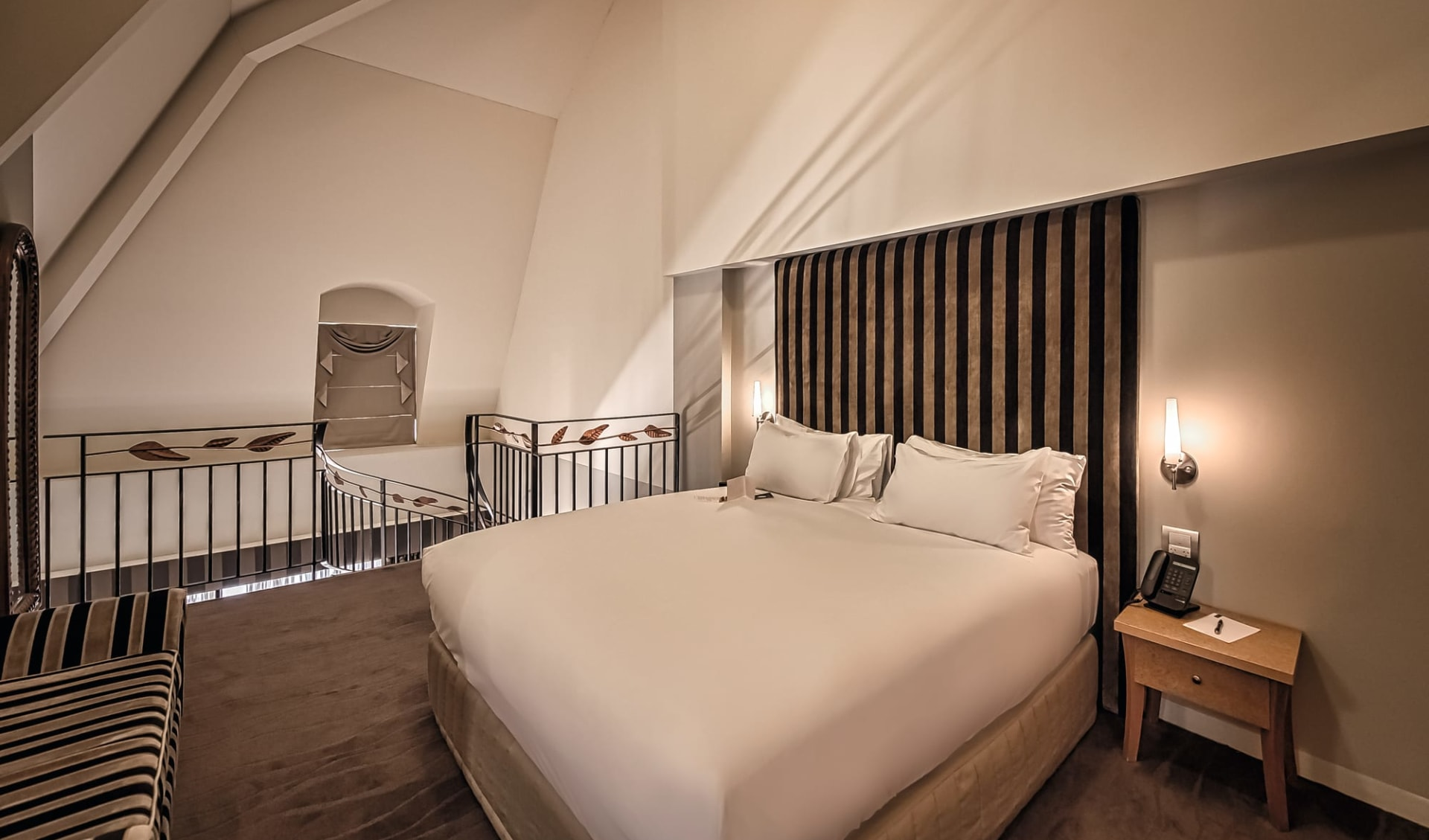The Playford - MGallery in Adelaide: Zimmer The Playford Hotel Adelaide South Australia Australien  Studio Spa Suite