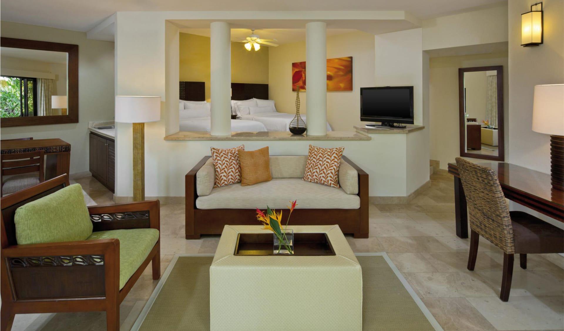 Westin Playa Conchal: zimmer westin wohnbereich sofa tisch