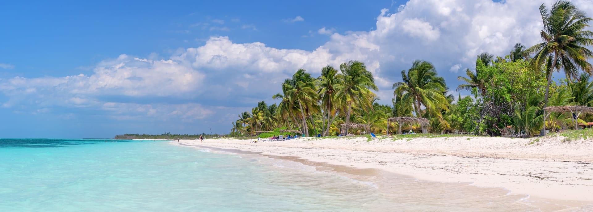 Panorama des Strandes der Insel Cayo Levisa, Kuba