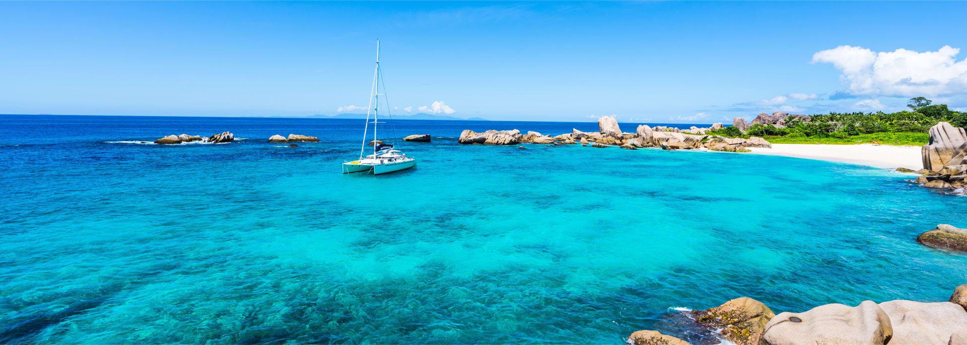 Boat-trip to Seychelles Beach