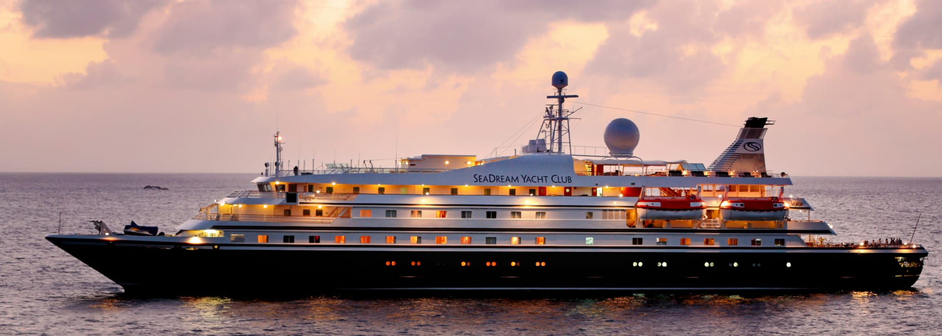 Sea Dream Yacht Sonnenuntergang