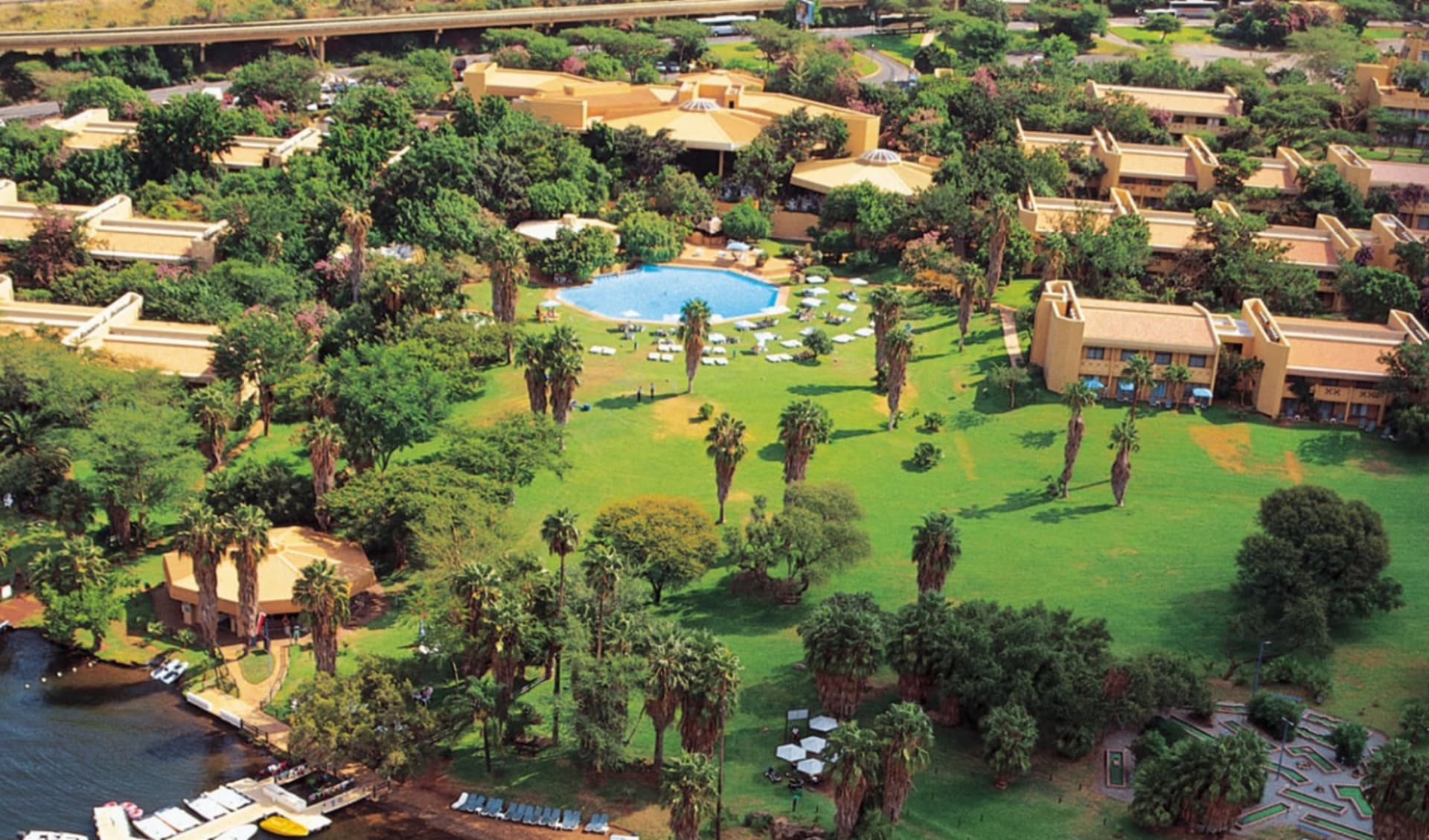 Sun City Cabanas Hotel: 09_117_2_Sun City Canabas