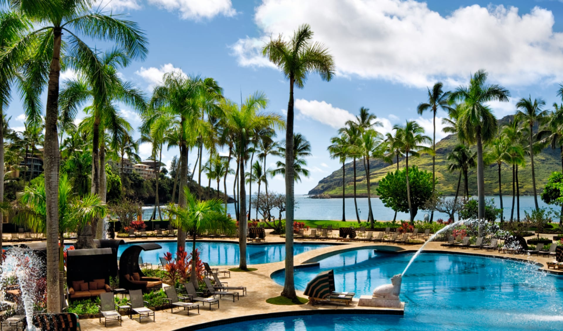 Royal Sonesta Kaua'i Resort Lihue in Lihue - Kauai: pool kauai marriott on kalapaki beach poolanlage liegen palmen meer