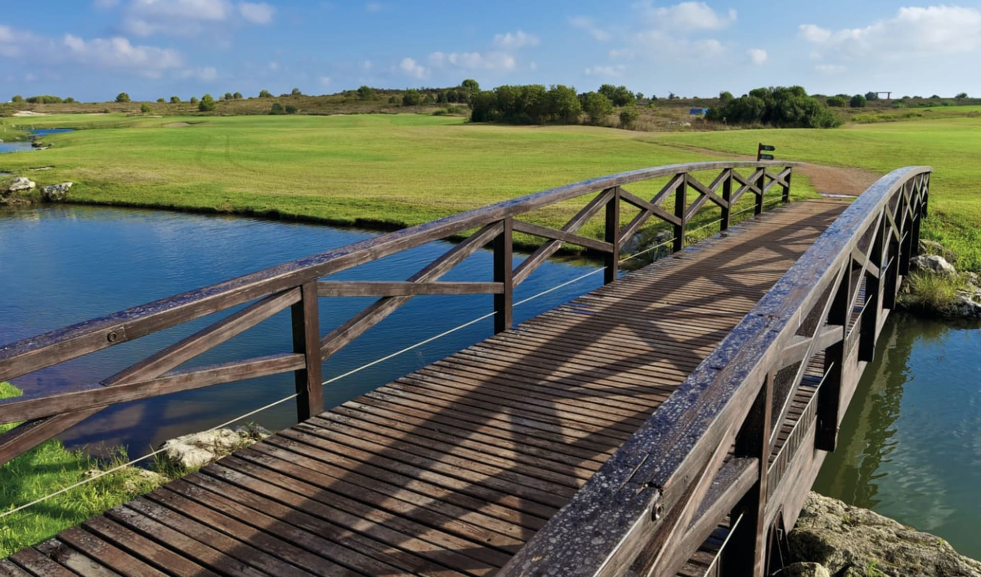 Acaya Golf Resort in Brindisi: Acaya-Golf-Resort_Golf_Bridge_IAGTO