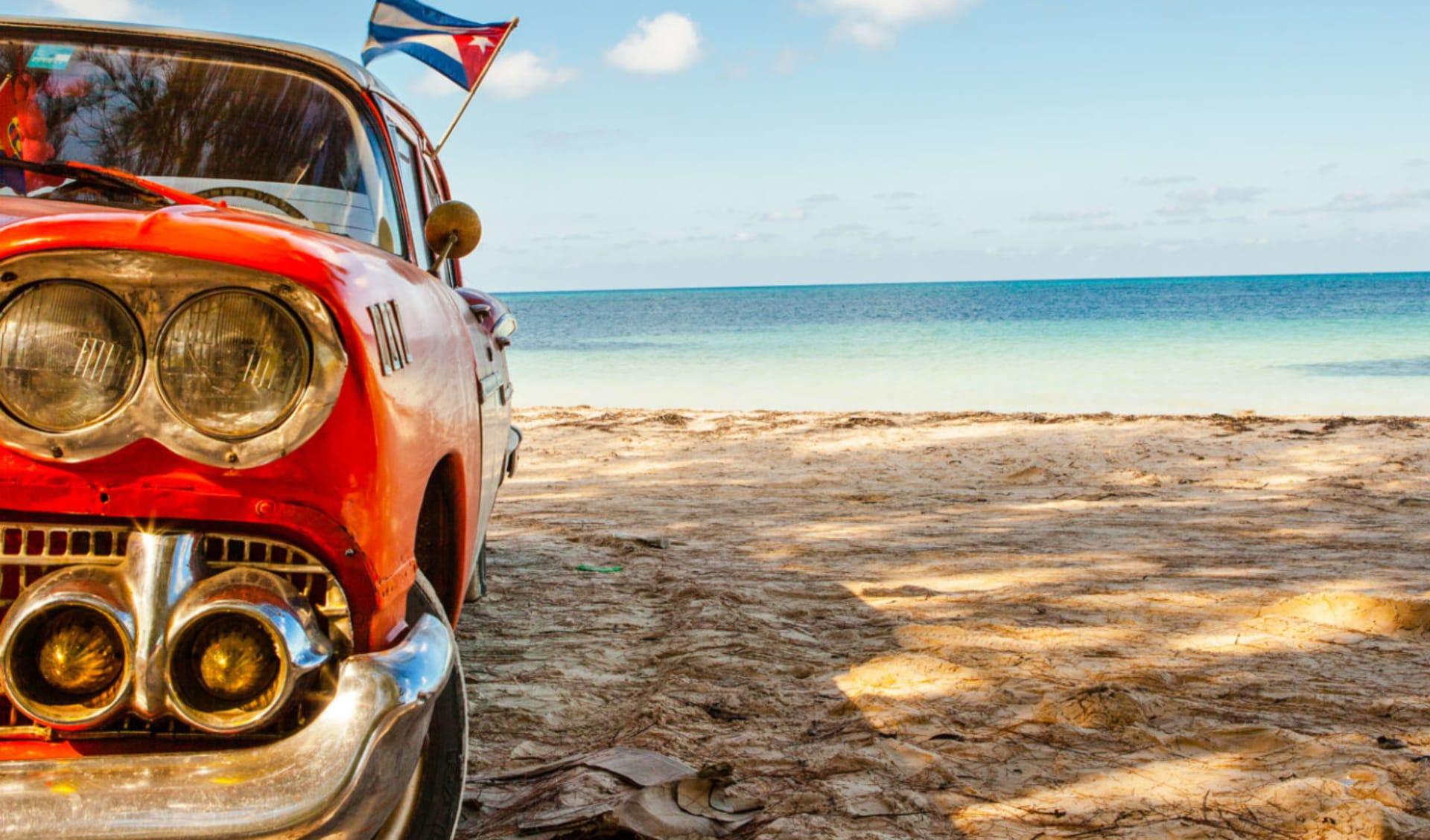 Cuba auf Rädern ab Havanna: Cuba - Pinar del Rio - Oldtimer am Strand