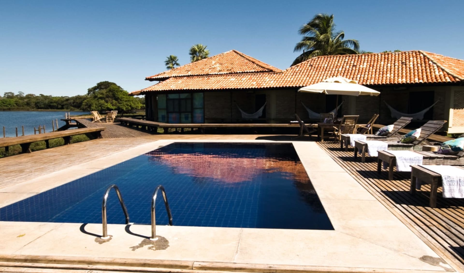 Caiman Ecological Refugium 5 Tage ab Campo Grande: Exterior Caiman Lodge - Swimming Pool Baiazinha c Compass