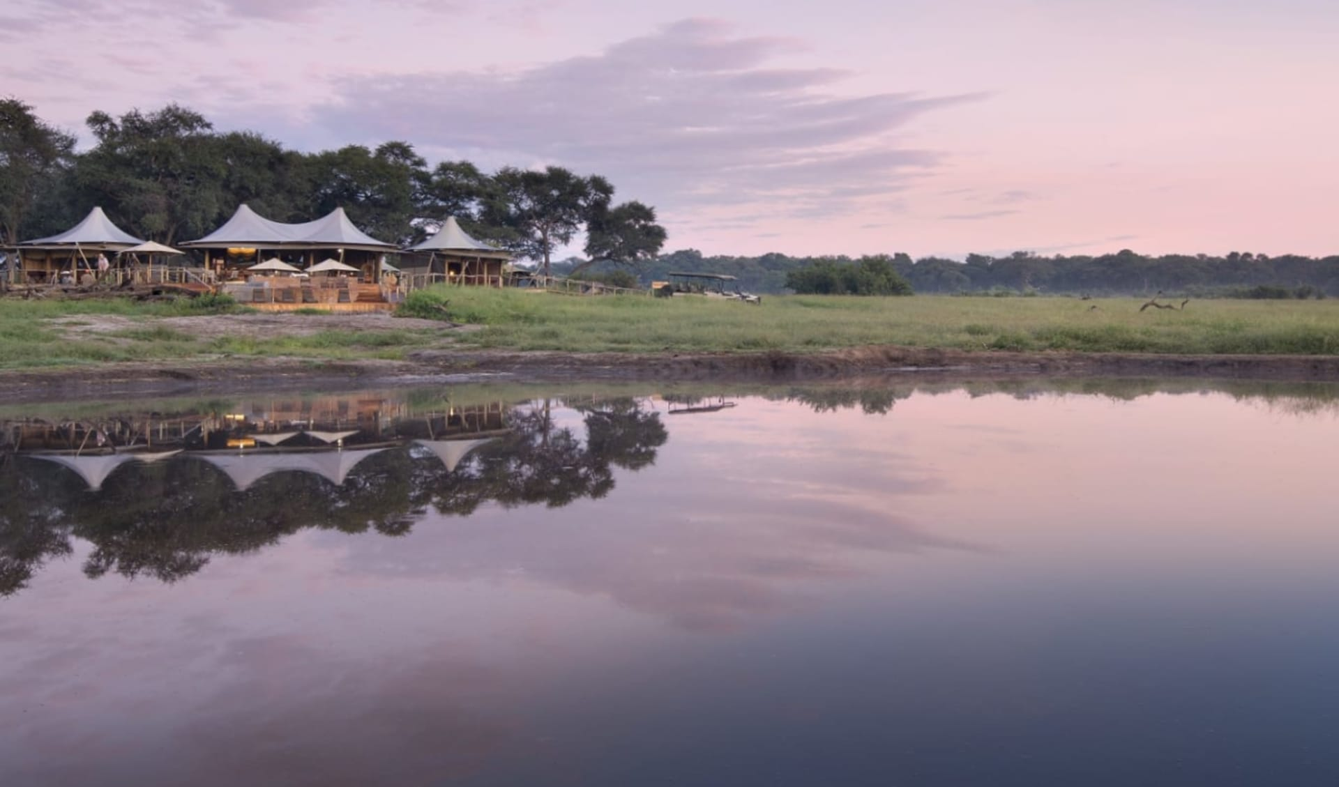 Zimbabwe Highlight Safari ab Victoria Falls: location: Somalisa Camp_dook1