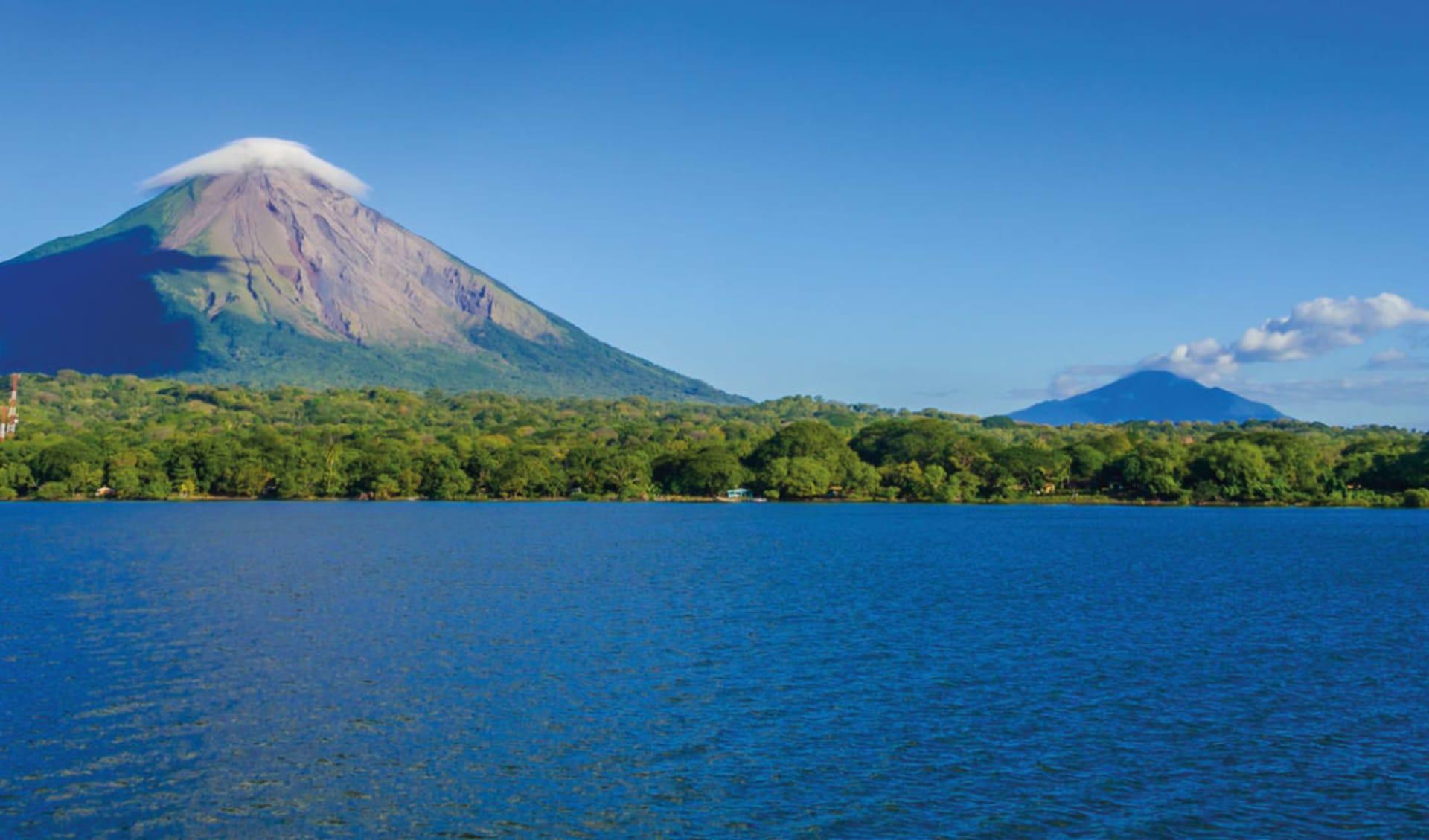 Privatreise Mundo Verde ab San José City: Ometepe Vulkan und Meer