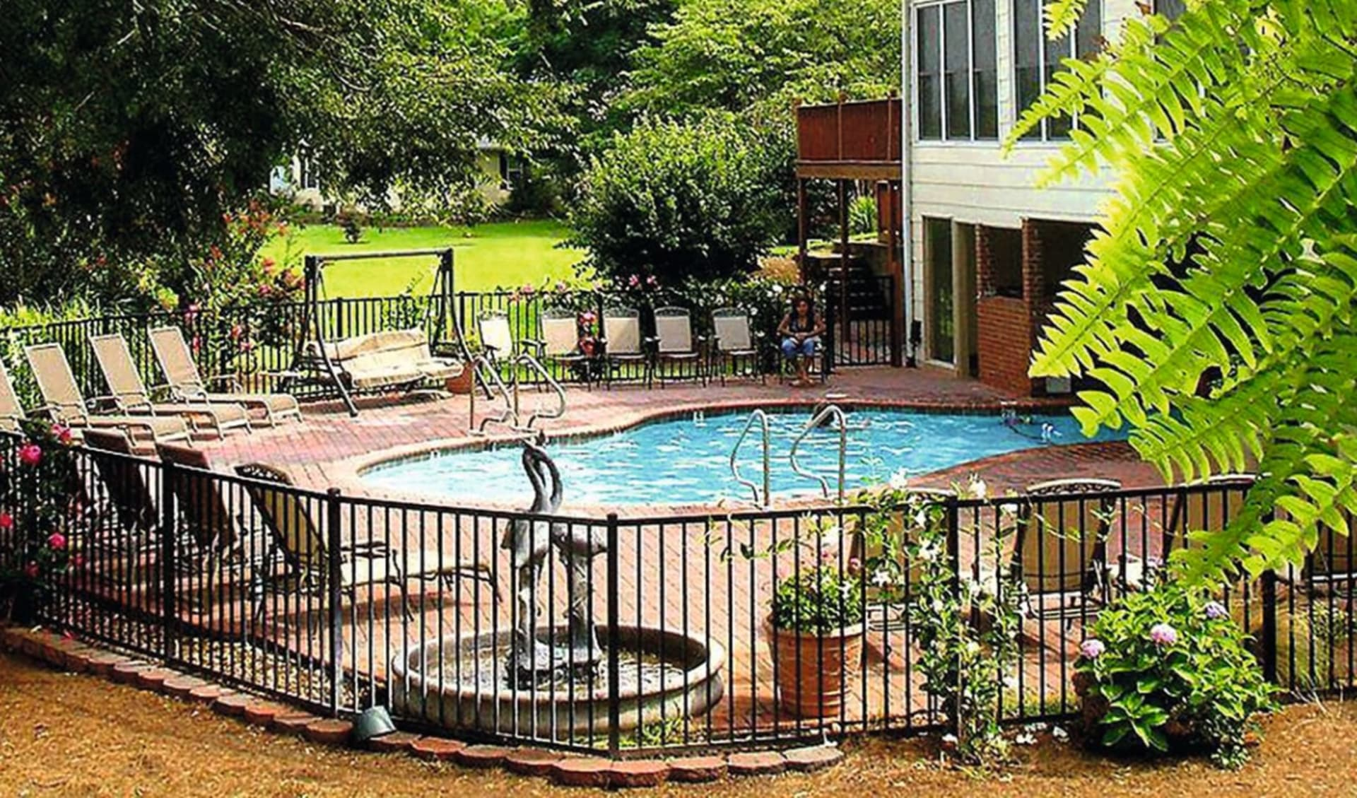 Southern Cross Guest Ranch in Madison: Faciltiies_Southern Cross Ranch_Pool_HOTELWEBSITE