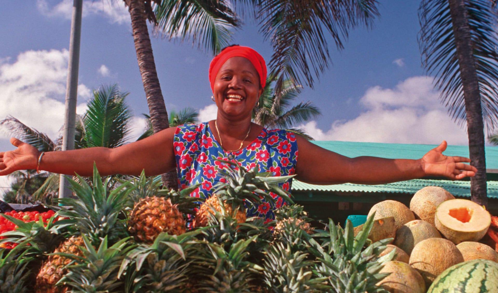 Höhepunkte Dominikanische Republik ab Santo Domingo: Dominikanische Republik - Frau am Marktstand