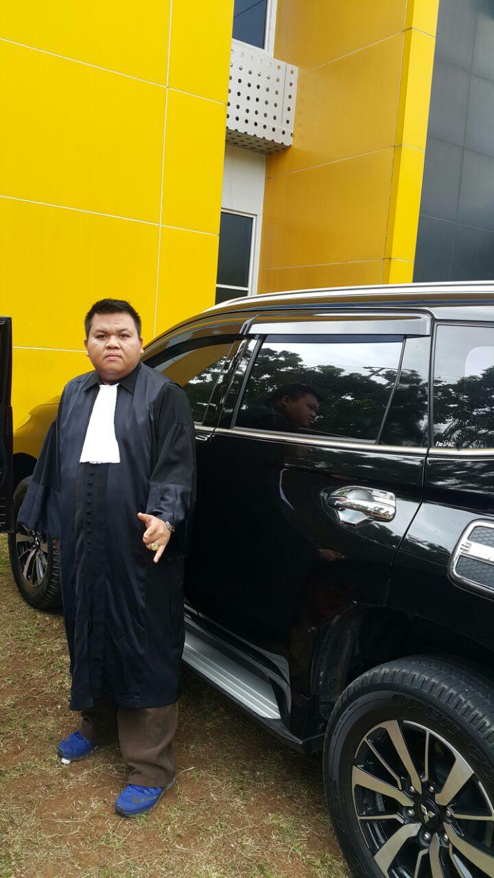 Seno Aji Diduga Menghina Pakaian Adat Lampung