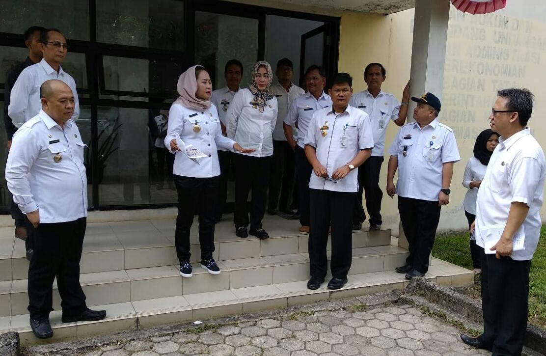 Bupati Winarti Sidak ke Sejumlah Satker Pemkab Tulangbawang