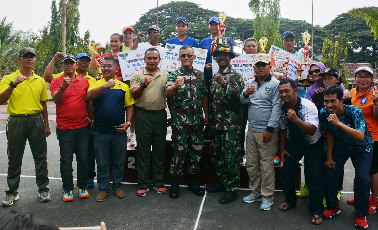 Danrem 043/Gatam Tutup Tournamen Tenis Lapangan Dalam Rangka HUT TNI Ke -73 Tahun 2018
