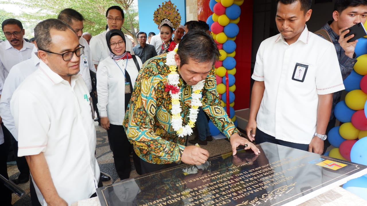Kunjungi Lampung, Direktur Bisnis PLN Regional Sumatra Prediksi Kondisi Kelistrikan Lampung Mulai Normal