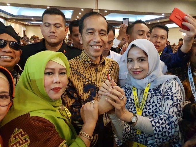 Presiden Jokowi Membuka Kongres PWI XXIV di Solo