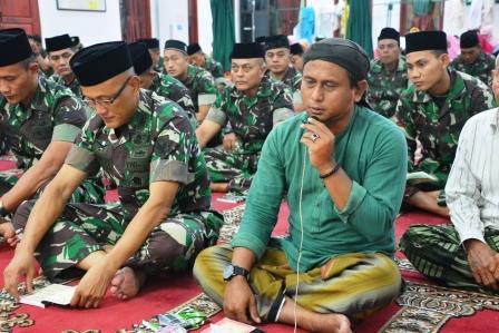 Peringati Hari Kesaktiaan Pancasila dan HUT TNI ke 73 Tahun 2018, Korem 043/Gatam Gelar Doa Bersama