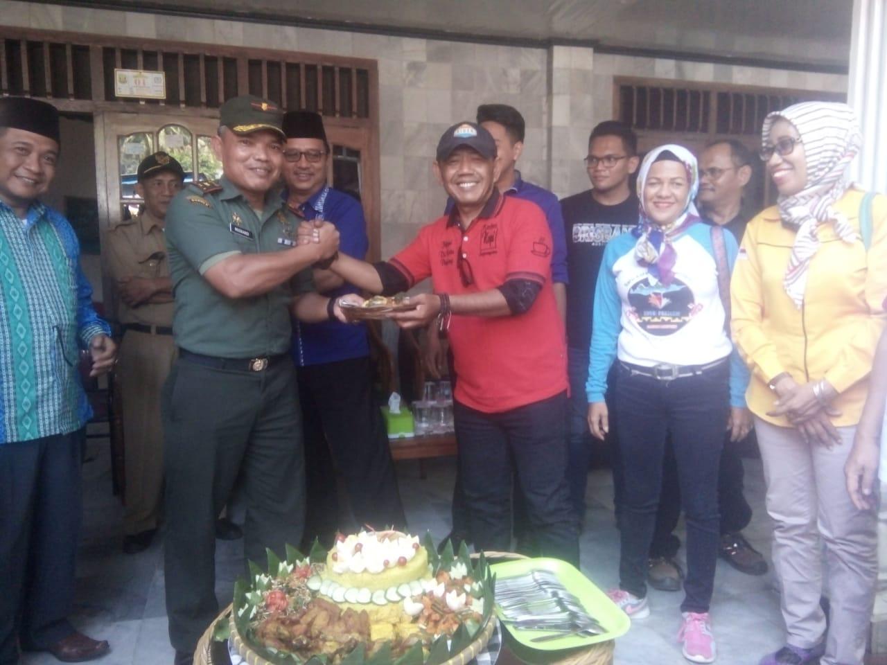 Wakil Bupati Tanggamus Hi. AM. Syafi'i, Hadiri Do'a Bersama Dalam Rangka Peresmian Balai Pekon Batu Keramat