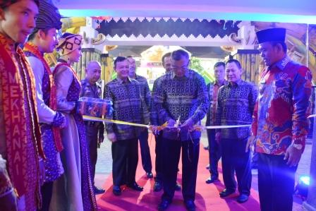Danrem 043/Gatam Hadiri Pembukaan Lampung Fair 2018