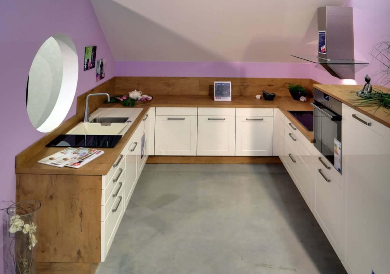 Küchenstudio in Nürnberg mit vielseitigen, modernen Musterküchen