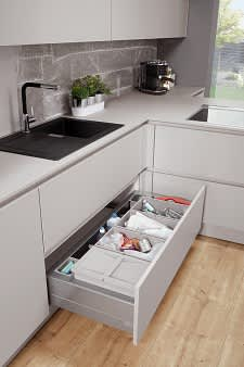 auszug norina4406 einbauküche grau lack grifflos