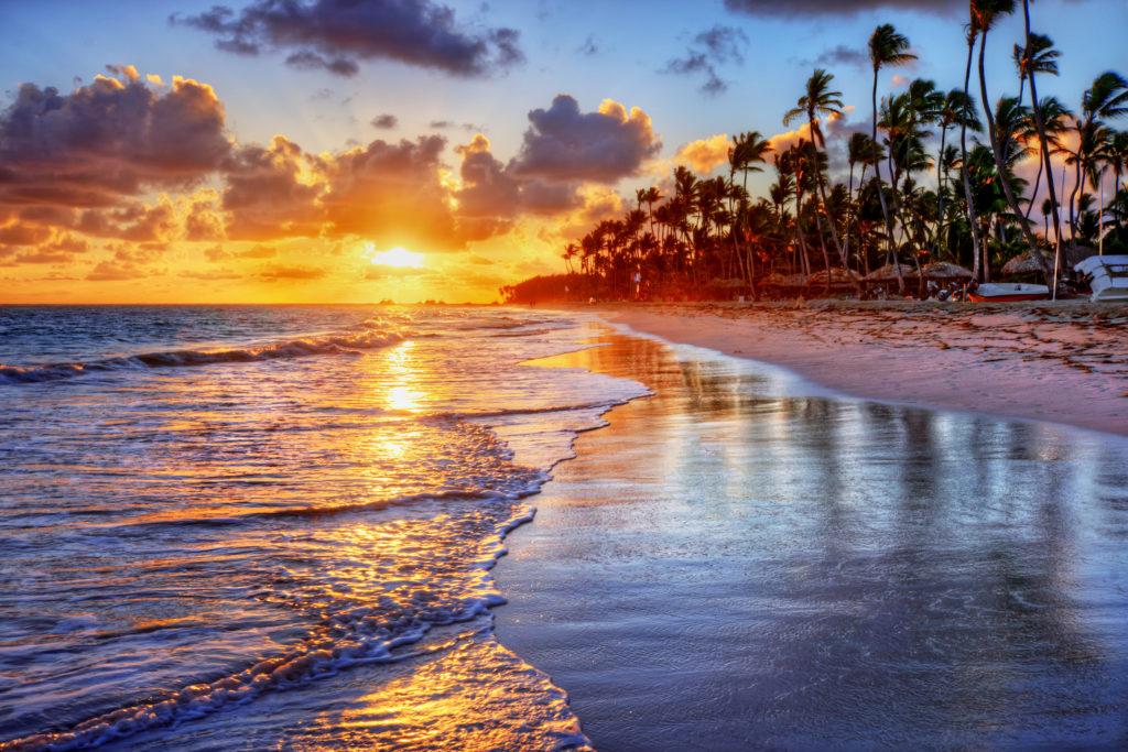 Plaża urlop B2B Umowa o pracę