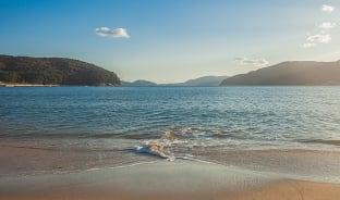 8월, 섬의 계절은 단연 여름
