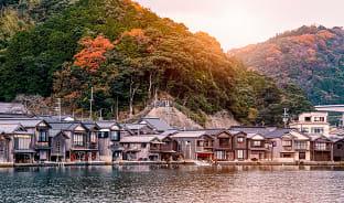 11월, 가을을 담은 바닷가 마을