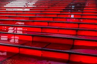 더피 스퀘어 빨간 계단