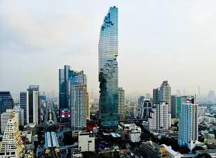 방콕 싸톤 킹 파워 마하나콘