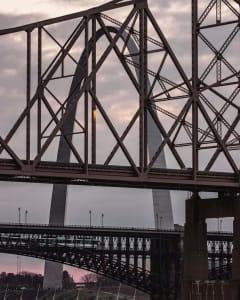 St Louis Missouri arch and bridge