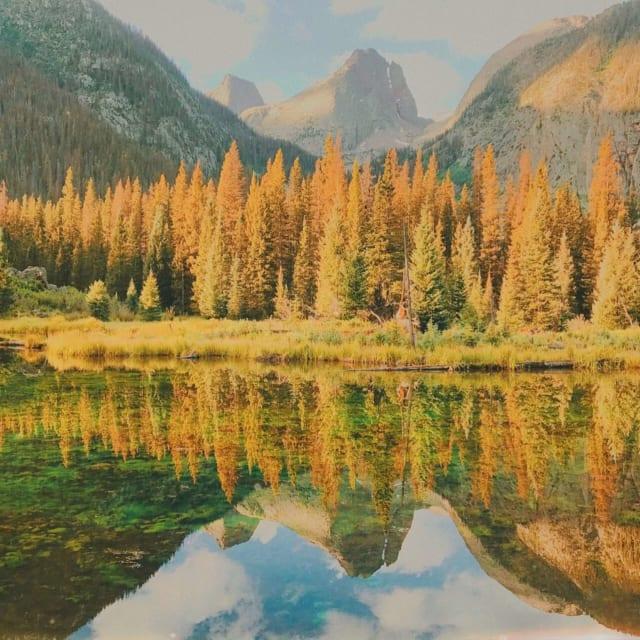 Durango Colorado gorgeous scenery lake and pine trees