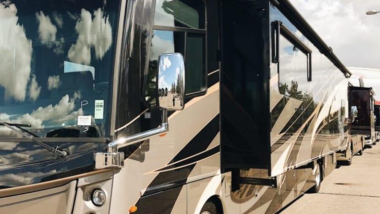 Class A Motorhome Buyers Guide   La Mesa RV