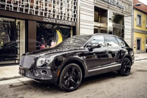 2021 Bentley Bentayga Starlight  For Rent In Miami Fort Lauderdale Palm Beach South Florida