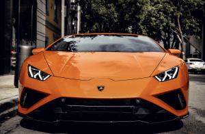 Lamborghini Huracan EVO Orange Coupe    For Rent In Miami Fort Lauderdale Palm Beach South Florida