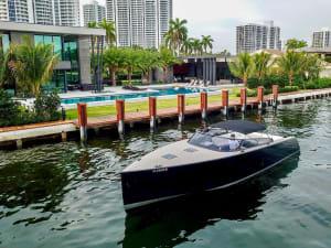 40′ VANDUTCH BLACK    For Rent In Miami Fort Lauderdale Palm Beach South Florida