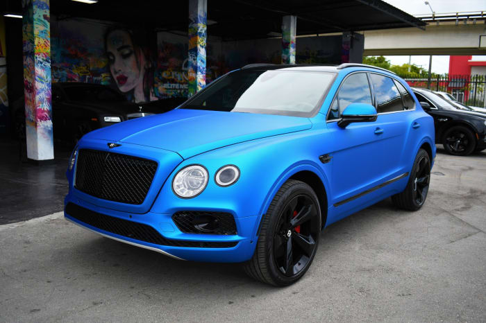 Image #0 of our 2018 Bentley Bentayga 3rd Row (Seats 7) (Blue) In Miami Fort Lauderdale Palm Beach South Florida