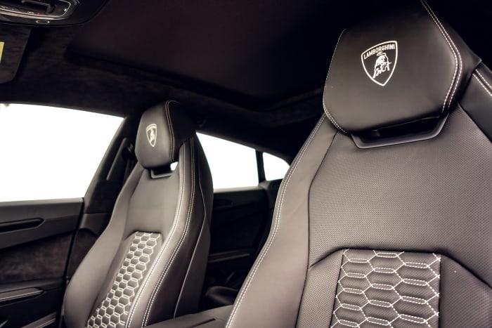 Image #6 of our 2021 Lamborghini Urus  (Purple) In Miami Fort Lauderdale Palm Beach South Florida