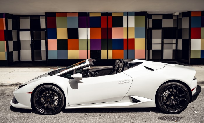 Image #2 of our 2018 Lamborghini Huracan Spyder (Convertible) (White) In Miami Fort Lauderdale Palm Beach South Florida