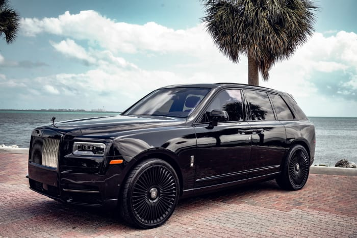 Image #4 of our 2021 Rolls Royce Cullinan Black Badge (Black) In Miami Fort Lauderdale Palm Beach South Florida