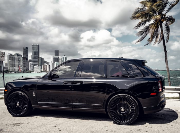 Image #3 of our 2021 Rolls Royce Cullinan Black Badge (Black) In Miami Fort Lauderdale Palm Beach South Florida