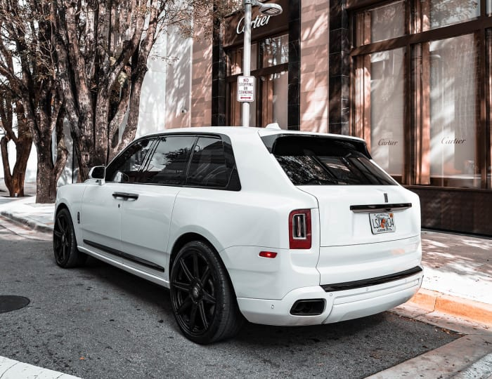 Image #4 of our 2021 Rolls Royce Cullinan  (White) In Miami Fort Lauderdale Palm Beach South Florida