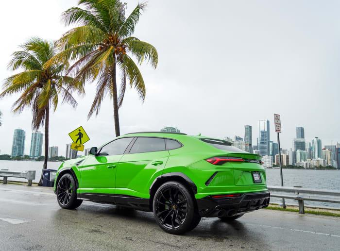Image #4 of our 2021 Lamborghini Urus  (Green) In Miami Fort Lauderdale Palm Beach South Florida