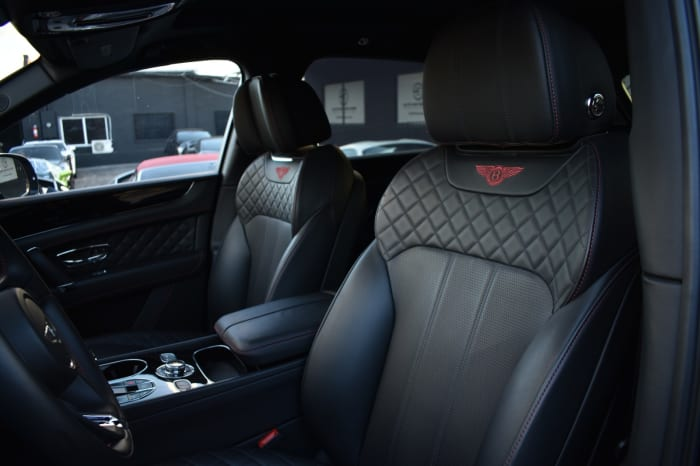Image #5 of our 2021 Bentley Bentayga Starlight (Black/Black) In Miami Fort Lauderdale Palm Beach South Florida