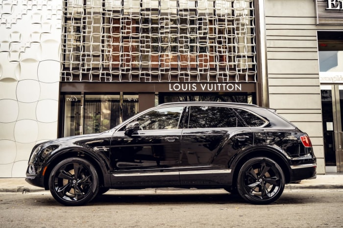 Image #7 of our 2021 Bentley Bentayga Starlight (Black/Black) In Miami Fort Lauderdale Palm Beach South Florida